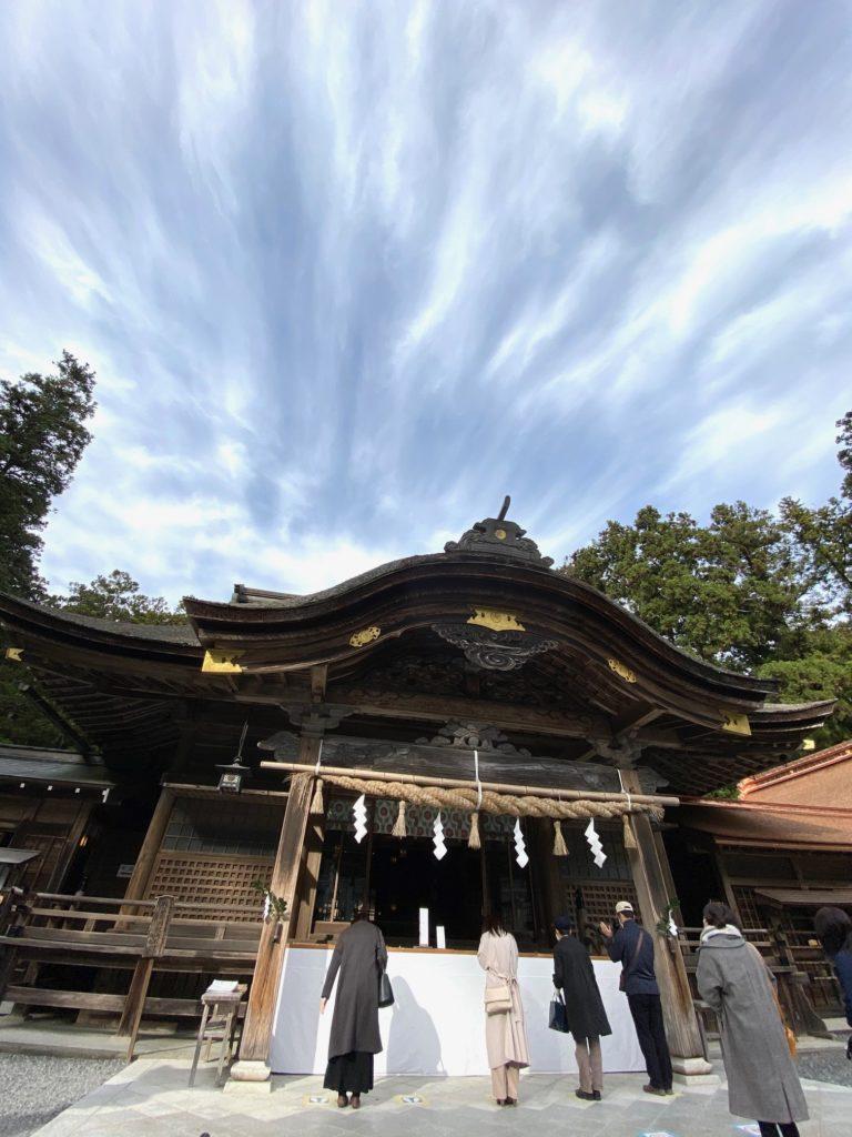 小國神社拝殿